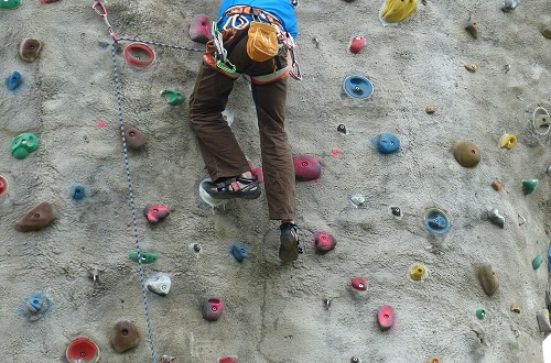 30ft Climbing Wall - Sun Only